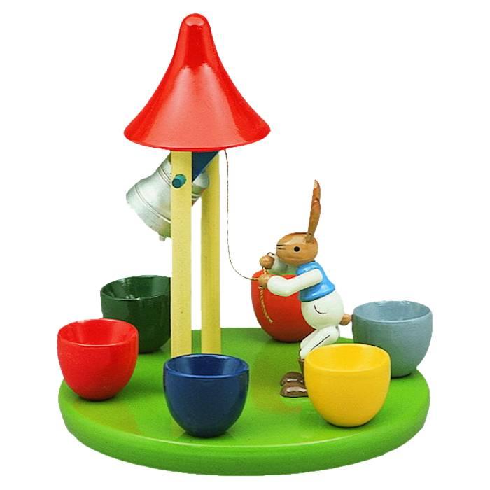 Glockenturm mit 6 Eierbechern