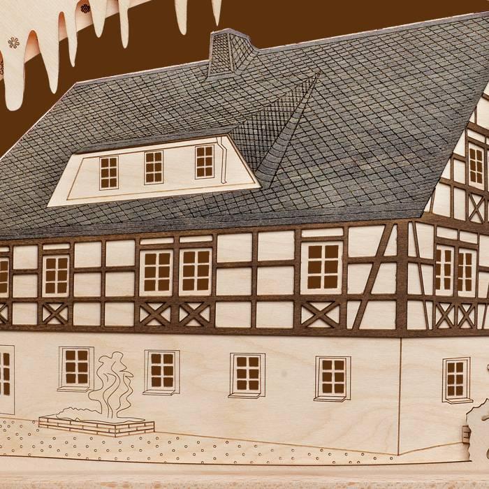 SAICO 3D Schwibbogen Fachwerkhaus farbig abgesetzt