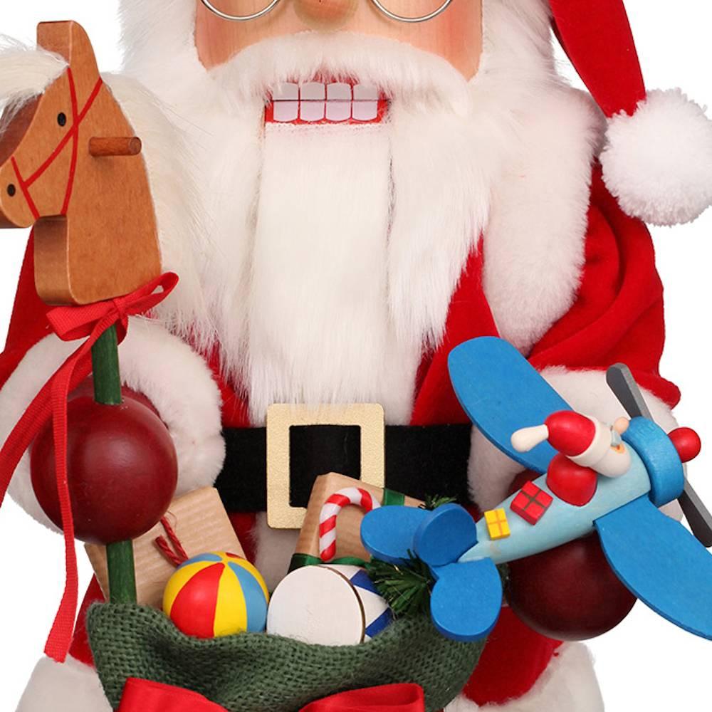 Ulbricht Nussknacker Weihnachtsmann mit Spielzeug
