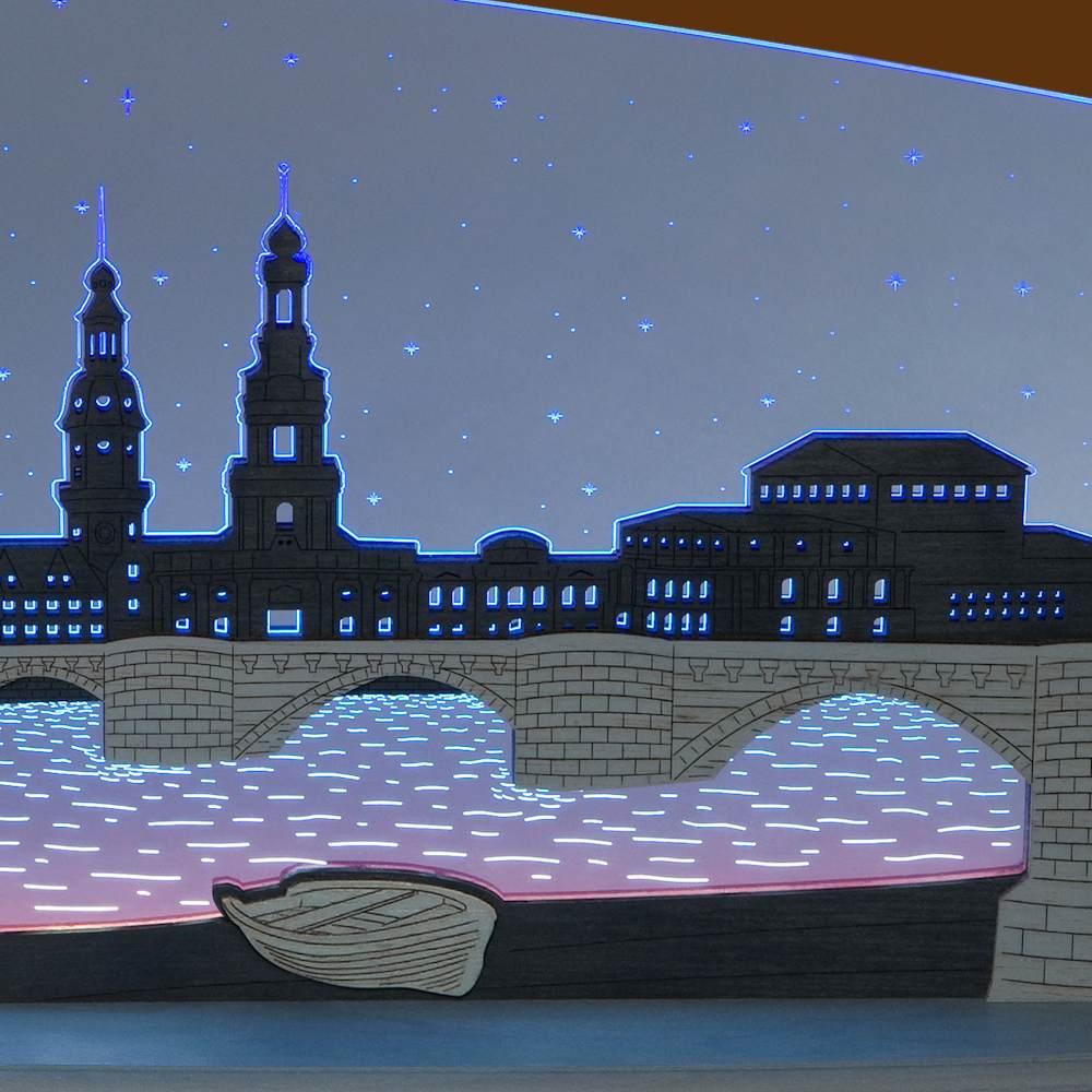 LED Motivleuchte Dresden bei Nacht